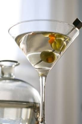 How to make a classic martini and other 'Mad Men' style drinks. Cheers!