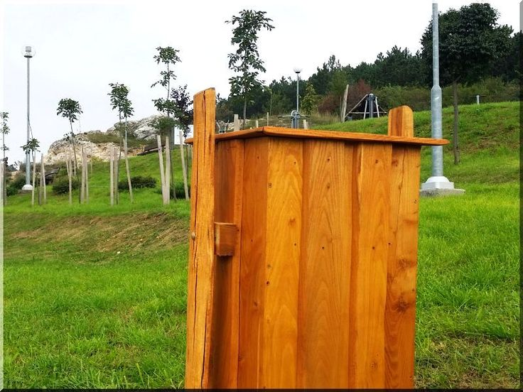 Akácfa hulladékgyűjtő