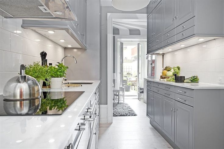 Kitchen Inredning & styling: Sophia Björnsdotter. Foto: Martin Stern via mäklarfirman Living. Case: Jutas backe 5 http://www.hemnet.se/bostad/bostadsratt-3rum-city-norrmalm-stockholms-kommun-jutas-backe-5-6328563