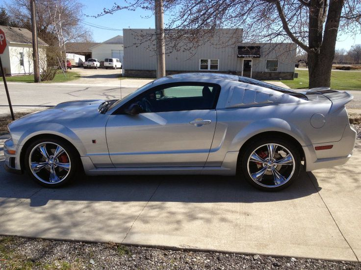 25 best ideas about 2006 ford mustang on pinterest. Black Bedroom Furniture Sets. Home Design Ideas