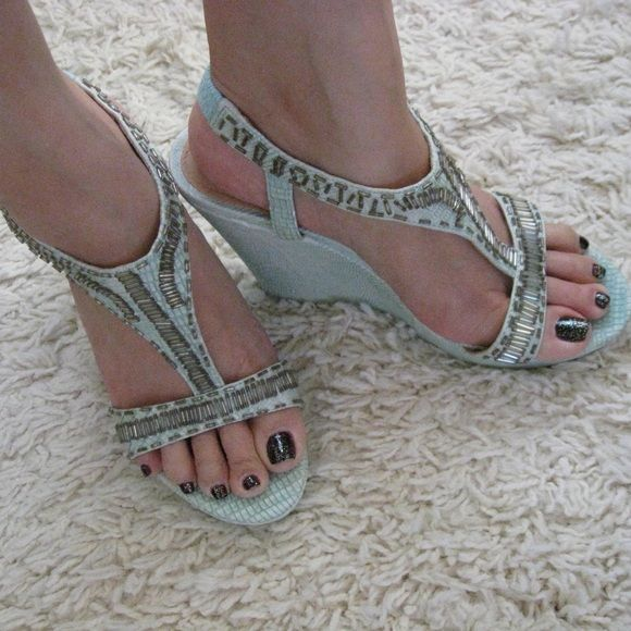 """Theme Mint Wedge Sandals Theme at HSN Mint Wedge Sandals. Size 7M true size. New. Never used. No box. These are actual photos and the closest true colors. You will get exactly as pictured. Materials: All Man Made Materials Heel Height: 4.5"""" with 1inch platform ~❌SWAP❌TRADE ~ ✔️❤️Bundles📦💕 ~✔️Smoke-free/pet-free home Theme Shoes Wedges"""