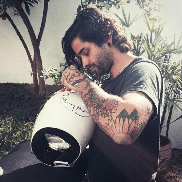 Pausa para um cafezinho(ou chá )  Lucas Silveira #Fresno
