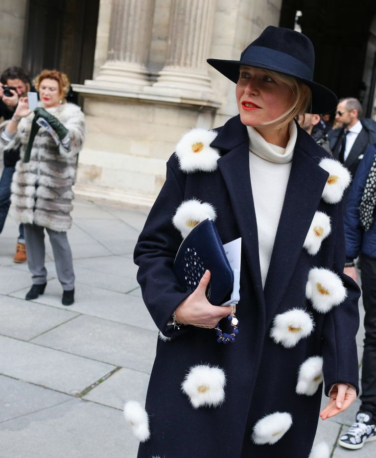 Elisa Nalin in Anya Hindmarch coat