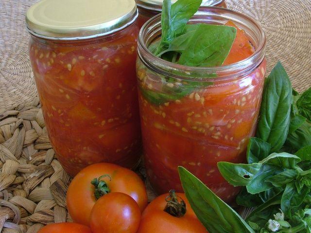 sterilizované paradajky