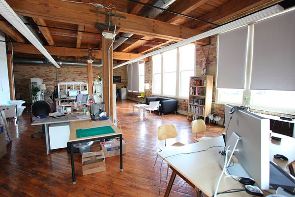 35 best office design images on pinterest offices desks for Well designed office spaces