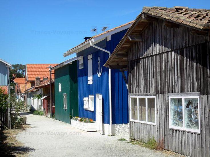 Le canon cabanes du village ostr icole sur la commune - Office du tourisme de lege cap ferret ...