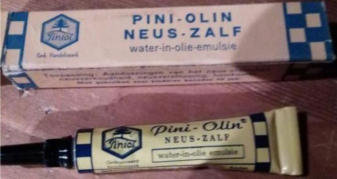 Pini-Olin neus-zalf  water-in-olie-emulsie  Toepassing: Aandoeningen van het neus-slijmvlies, neusverkoudheid, neusverstopping, hooikoorts  Niet gebruiken voor kinderen beneden 10 jaar - In licentie vervaardigdv. Piniol A.G. Luzern (Zwitserland) door Mepros-Hilversum