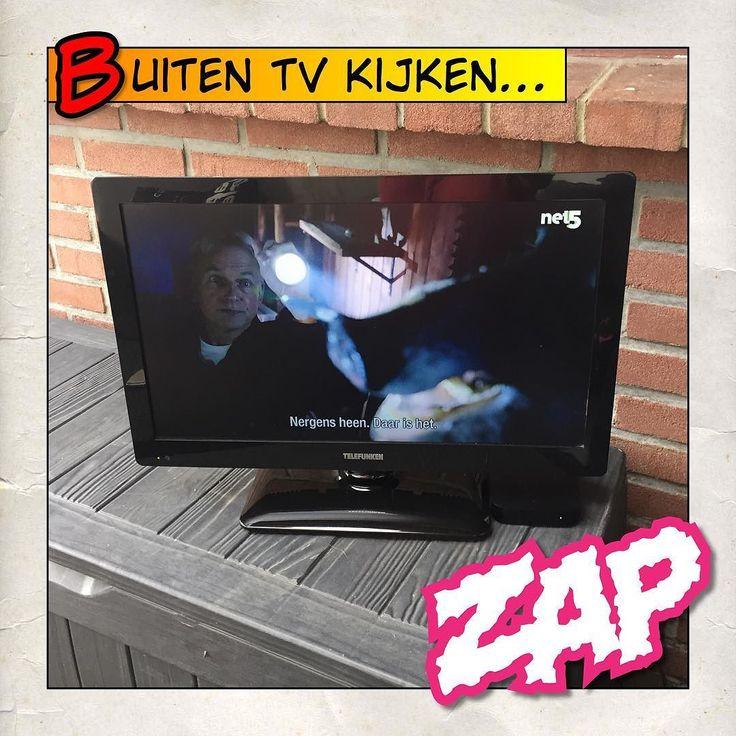 17 beste idee n over tv ophangen op pinterest gemonteerde tv decor gemonteerde tv en muur - Muur plank onder tv ...