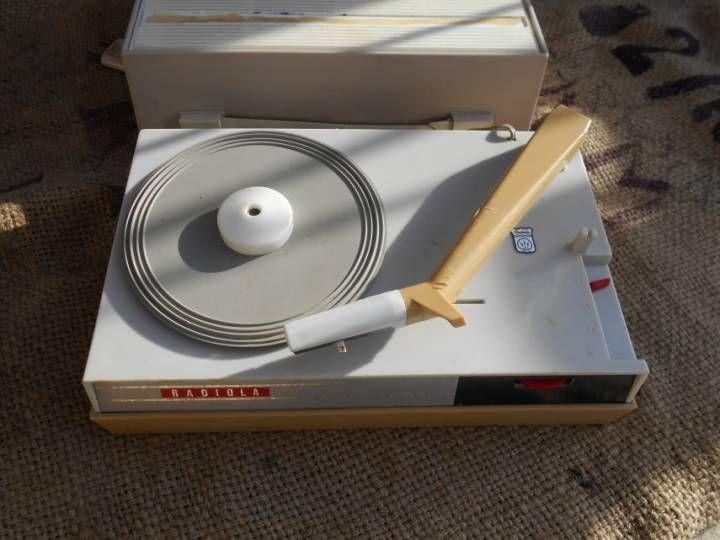 Platine vinyle de voyage radiola vintage fonctionne sur - Fonctionne avec des piles 94 ...