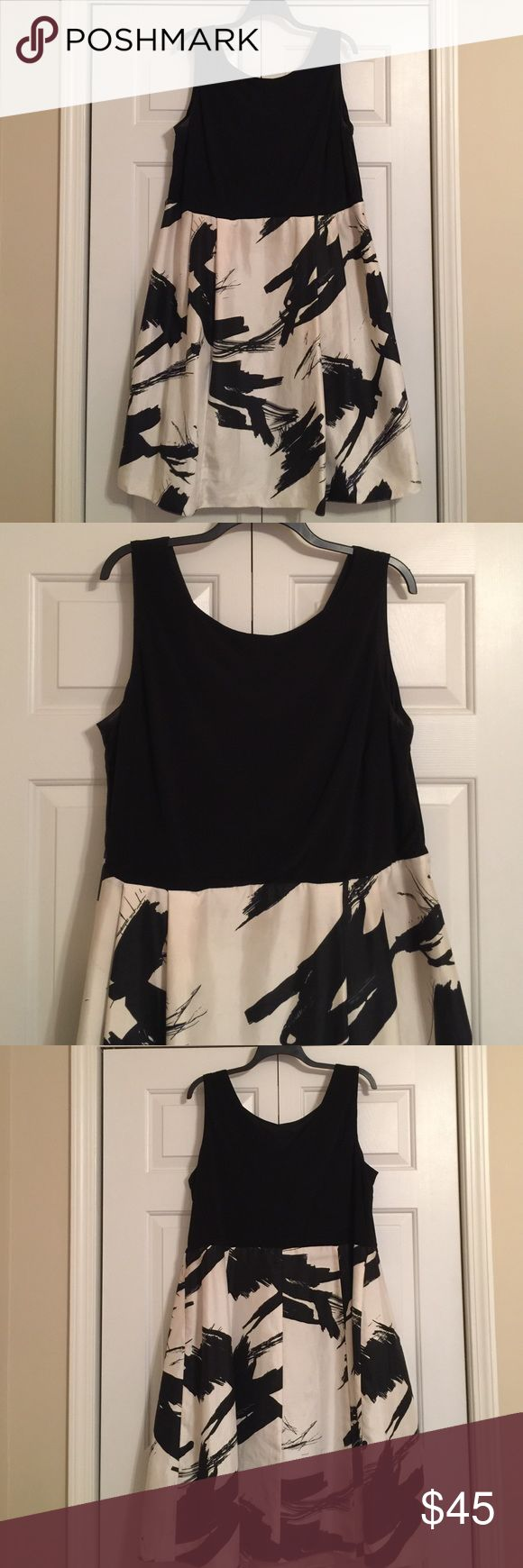 Black and cream cocktail dress Stunning cocktail dress. Good condition. Jessica Howard Dresses