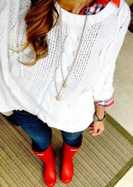 Cable Knitted Sweater, red Hunter boots