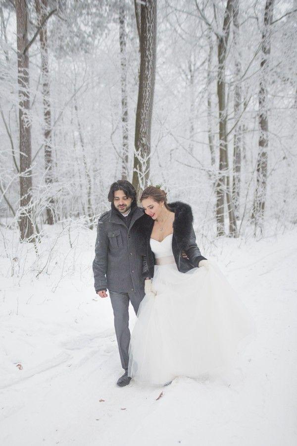 Romantická pohádková zimní svatba.