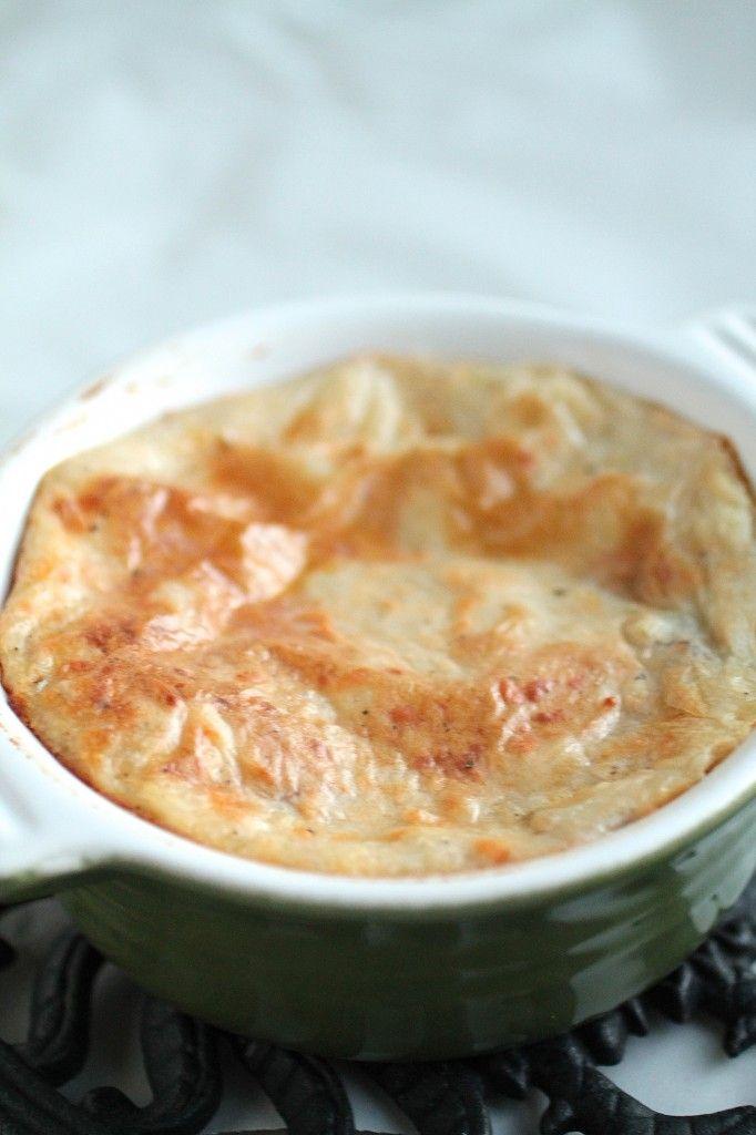 Smoked Gouda Mashed Potatoes via Life as a Strawberry blog
