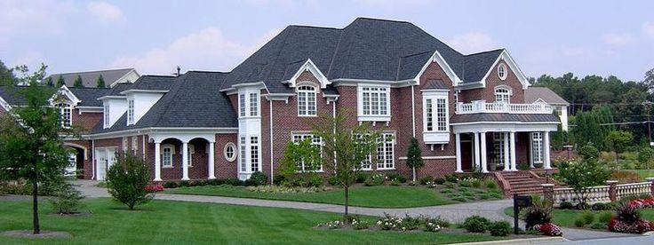 Best 25 multi family homes ideas on pinterest family for Not so big house architects