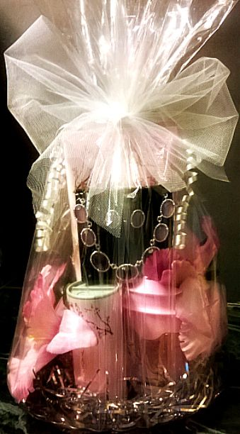 277 best gift baskets images on pinterest gift ideas gifts and spring bundle gift idea created by lulu combs using avon products the small plate basket filler clear cello bag silk flowers curling ribbon and tulle negle Images