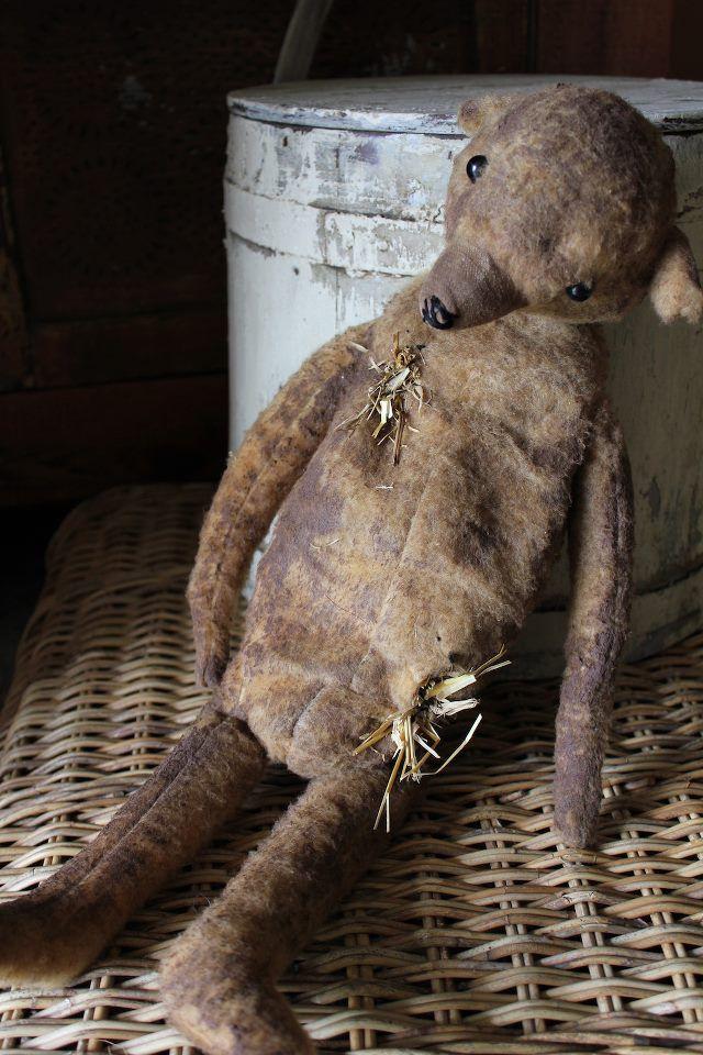 Brocante, déco brocante vintage, ours en peluche ancien.