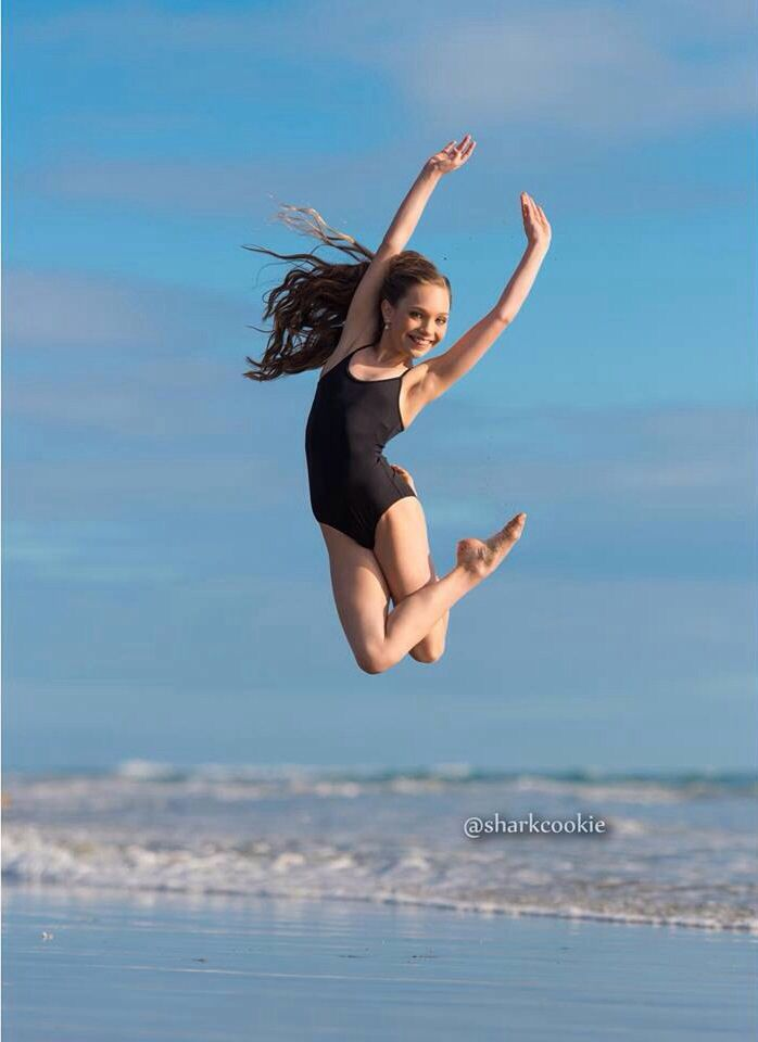 Maddie Ziegler for Sharkcookie