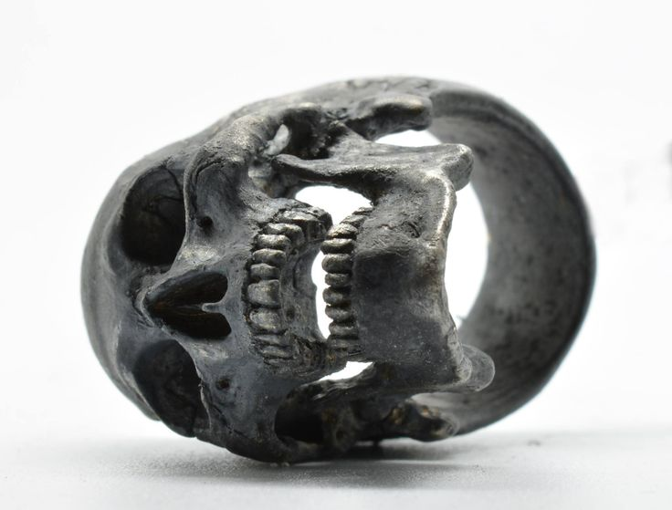 .925 Sterling Silver Full Open Jaw Skull Ring handcrafted by Demitri Bakogiorgis Contact him to purchase on Facebook https://www.facebook.com/IntoTheFireJewelry #menskullring Men's skull rings