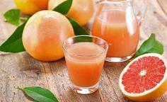 Grapefruitsaft hemmt die Gewichtszunahme auch bei einer sehr fettreichen Ernährung. Darüber hinaus verhindert er ein starkes Ansteigen des Blutzucker- und Insulinspiegels. (Zentrum der Gesundheit)