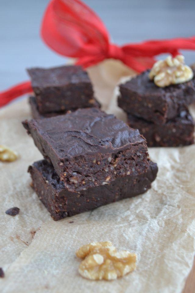 Overheerlijke Rauwe Cacao Brownies - Blij Suikervrij #kerst #dessert