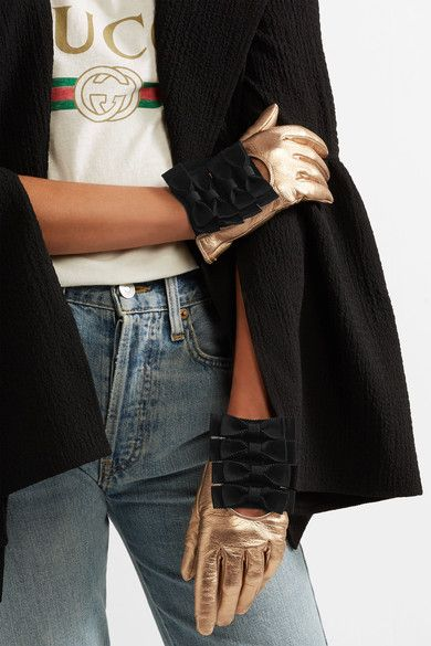 Gucci - Bow-embellished Metallic Textured-leather Gloves - Gold