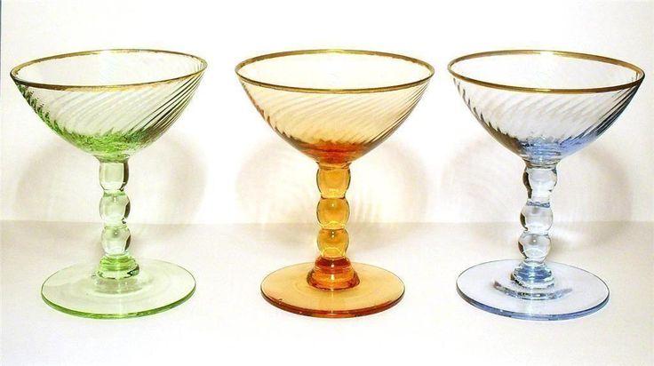 Glas på fot - Cocktailglas - Äldre glas på Tradera.com - Övriga glas -