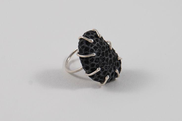 Ring met koraal uit Aruba