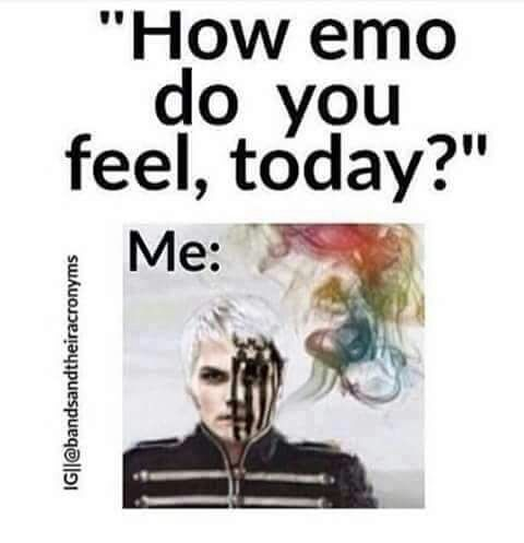 YASSSSSSSS! My friend Chloe would love this picture. She understands. Lol. But Gerard Way is gorgeous. And Fall Out Boy rocks.