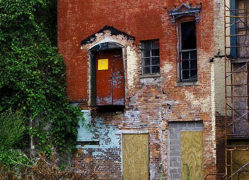 Clinton Woolen Mill - Clinton, Michigan (Lenawee County) abandoned building