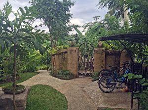 front gate & e-bike shed