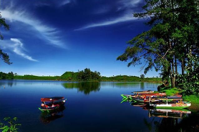 situpatenggang lake. agusgunawan.files.wordpress.com