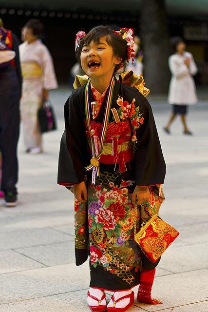 Little Girl at Japanese Festival - 七五三 by Einharch, via Flickr