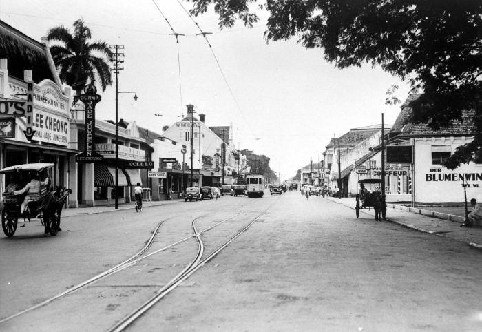 1900-1940: Jalan Rijswijk Batavia.