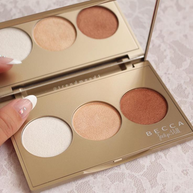 New Becca highlight palette. New shade in pressed pearl (like pearl in their liquid form and soon to be permanent), champagne pop (limited edition collab with jaclyn hill), and brushed copper (limited edition).
