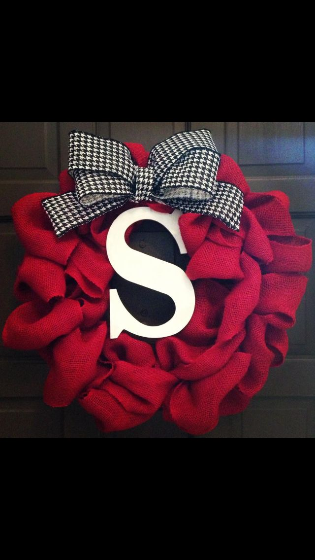 So i love the color and the monogram but the bow... not so much, that would need to be a prettier bow :)