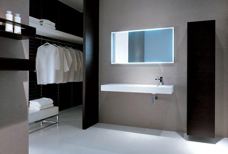 Cuartos de baño minimalista y moderno