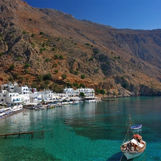 Best Quiet Places To Travel: Loutro, Crete. A Lovely, Quiet Place If You Someday Go To