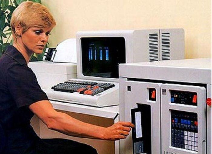 Un IBM Series /1. Source : les archives d'IBM