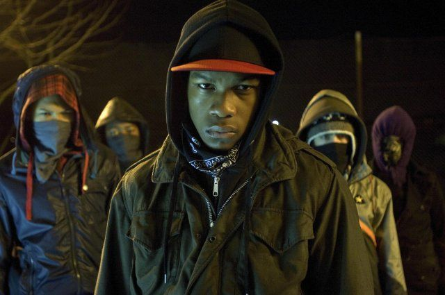Still of Franz Drameh, Alex Esmail, Leeon Jones and John Boyega in Attack the Block