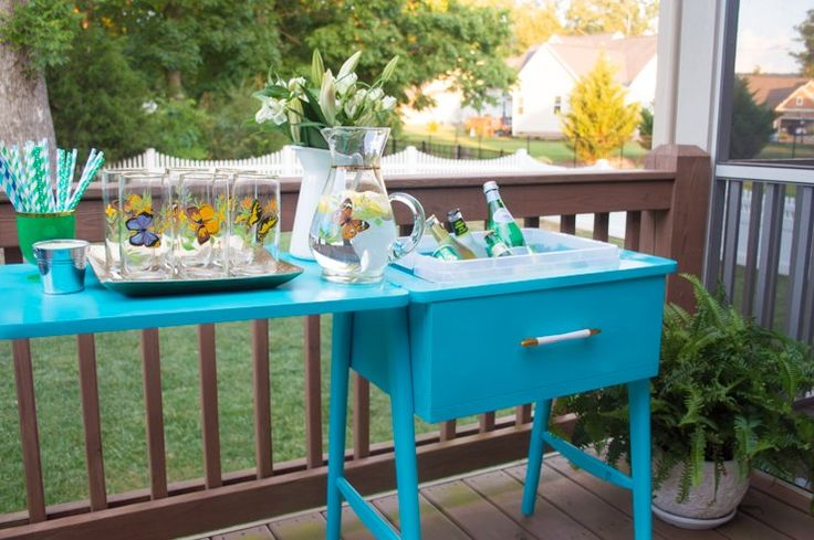 Turn an Old Sewing Table Into a Colorful Drink Station