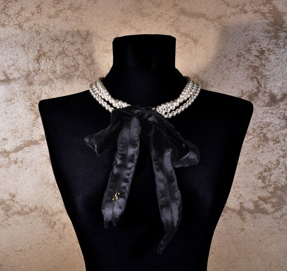 Pearls in a French way.