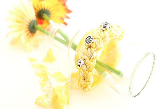 Yin Yang Friendship Bracelet Yellow Crochet Bracelet by DueAmiche #italiasmartteam #etsyshop #etsy #shopping #giftidea @etsy