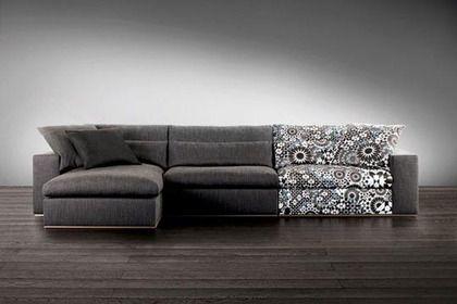 [En archives] Grande et moelleuse assise pour ce canapé