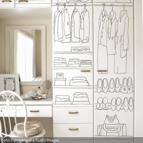 Amazing Ob es im bemalten Kleiderschrank genau so ordentlich aussieht wie die Bemalung verspricht