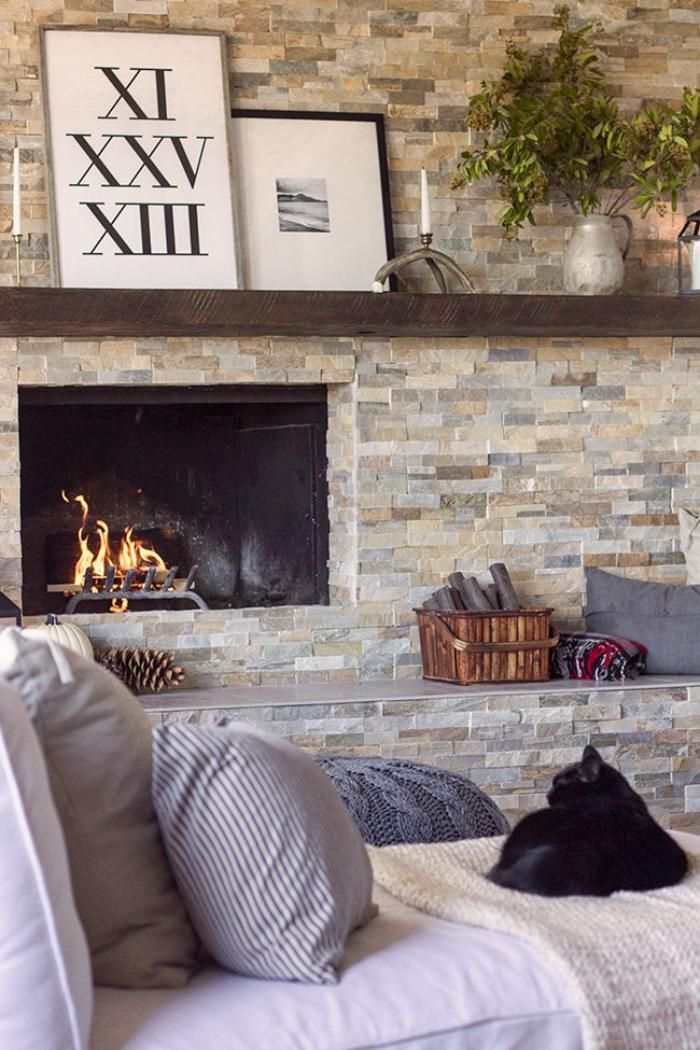 manteau de cheminée avec étagères, parement ardoise