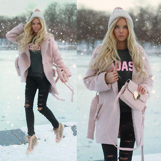 Get this look: http://lb.nu/look/8490579  More looks by Ekaterina Normalnaya: http://lb.nu/normalnaya  Items in this look:  Badass Aweatshirt, Heart Bag, Dark Grey Ripped Jeans, Guess Wedge Sneakers