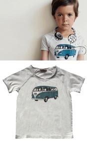 t-shirt met volkswagenbusje  Het Franse kledingsmerk Emile et Ida laat zich inspireren op vintage stijl. Door de combinatie van rock en romantiek creëren ze een verfijnde maar toch een ontspannen sfeer. € 27,95-