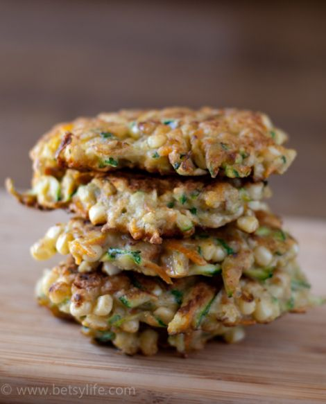 Zucchini, Corn and Carrot Fritters | Betsylife.com