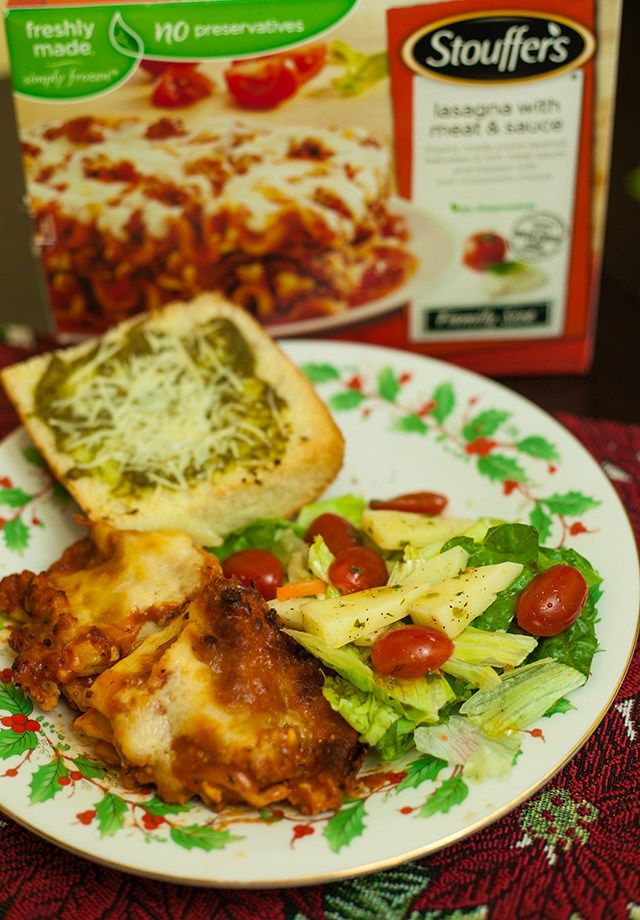 Easy Italian Holiday Meal Recipe with STOUFFER'S® Lasagna #stouffersholiday #ad #cbias