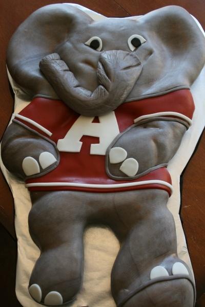 Big AL By APieceofCake75 on CakeCentral.com